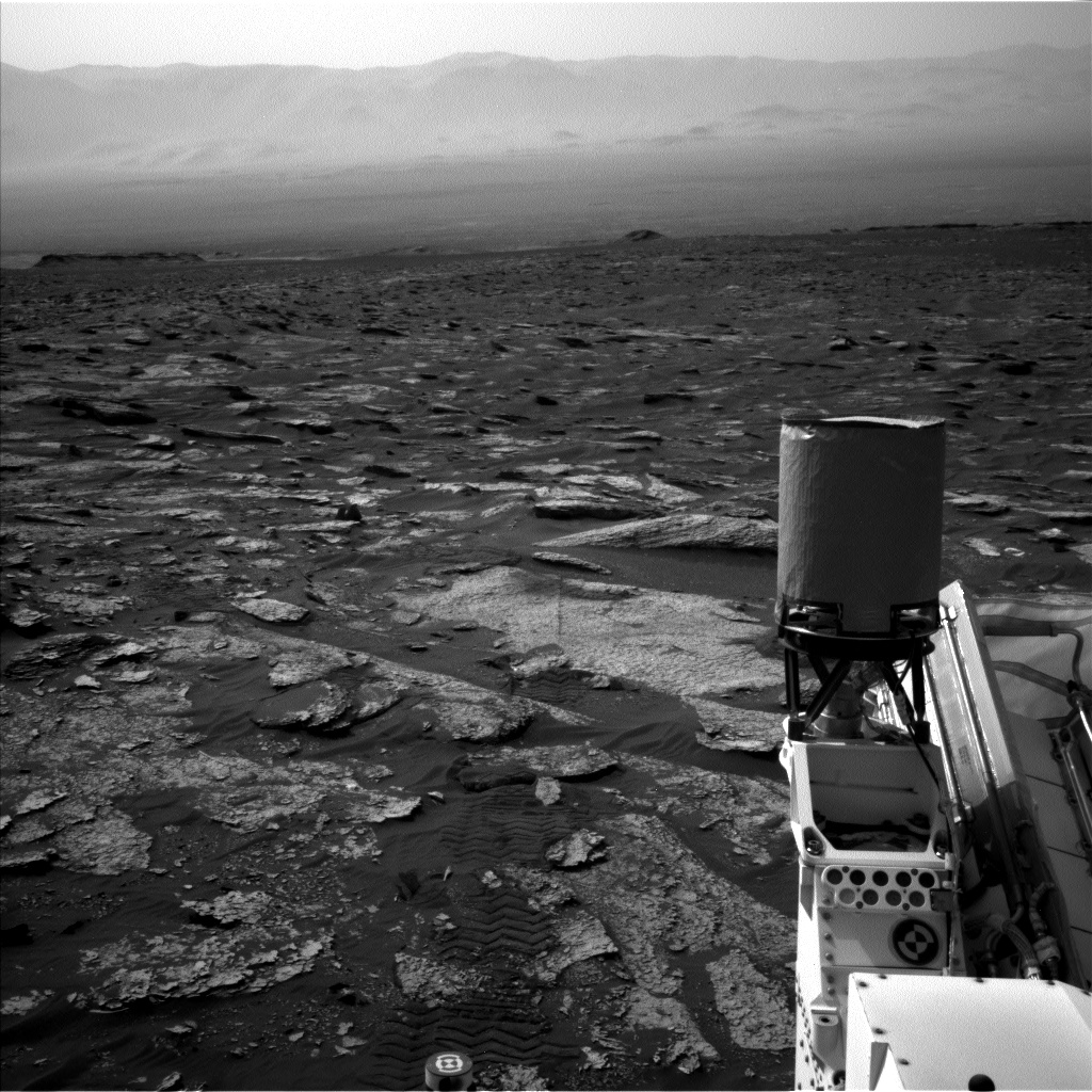Nasa's Mars rover Curiosity acquired this image using its Left Navigation Camera on Sol 1700, at drive 1420, site number 63