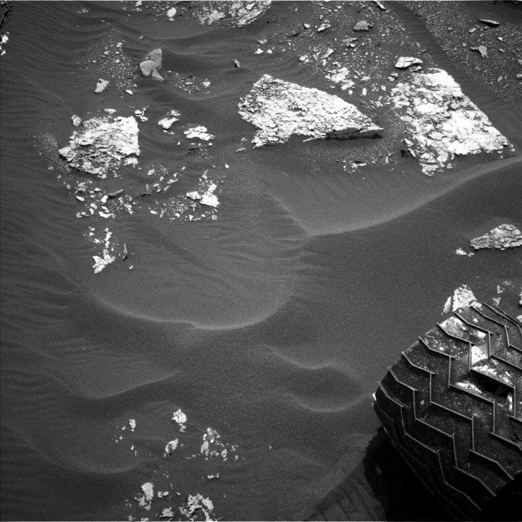 Nasa's Mars rover Curiosity acquired this image using its Left Navigation Camera on Sol 1703, at drive 1450, site number 63