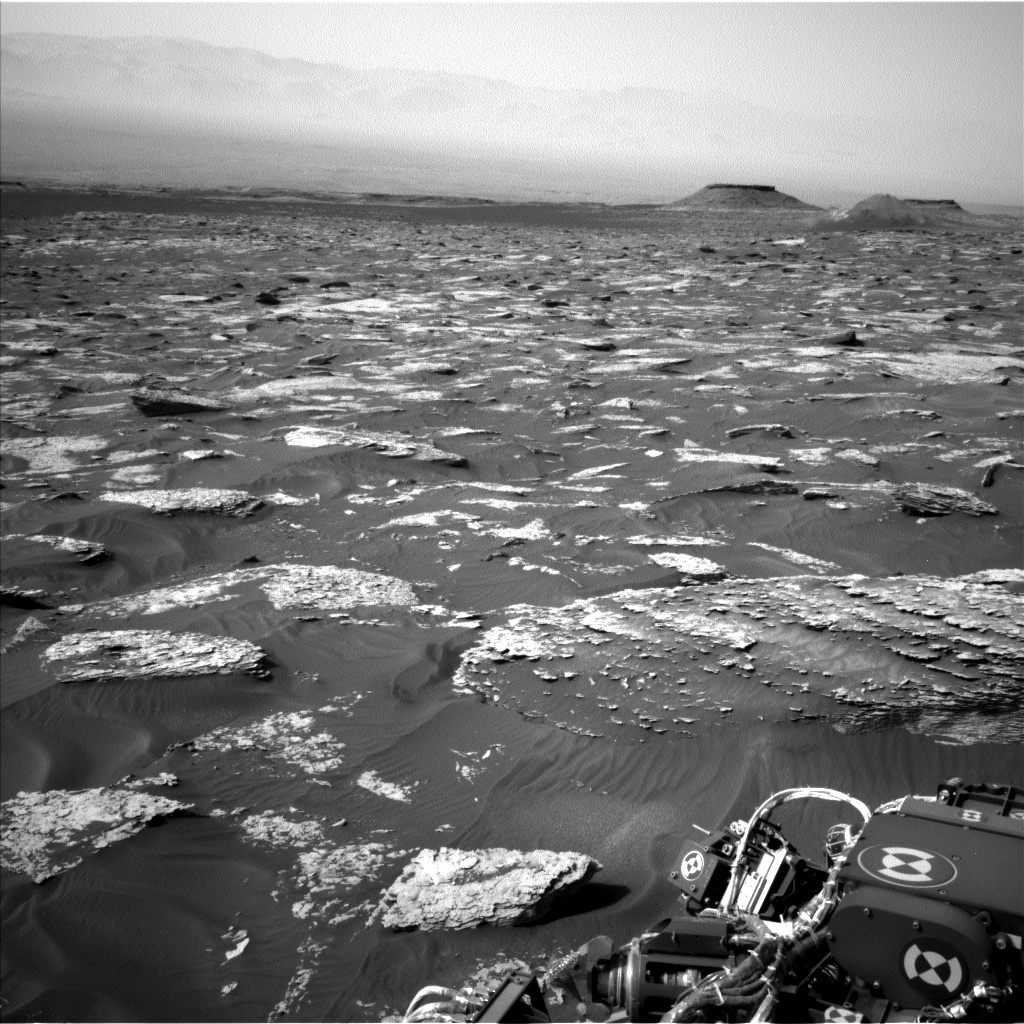 Nasa's Mars rover Curiosity acquired this image using its Left Navigation Camera on Sol 1705, at drive 1636, site number 63