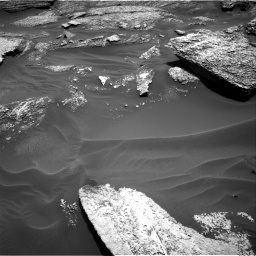 Nasa's Mars rover Curiosity acquired this image using its Right Navigation Camera on Sol 1711, at drive 1900, site number 63