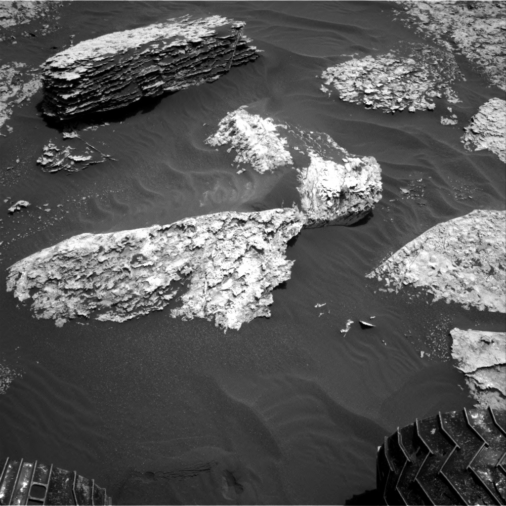 Nasa's Mars rover Curiosity acquired this image using its Right Navigation Camera on Sol 1711, at drive 2008, site number 63