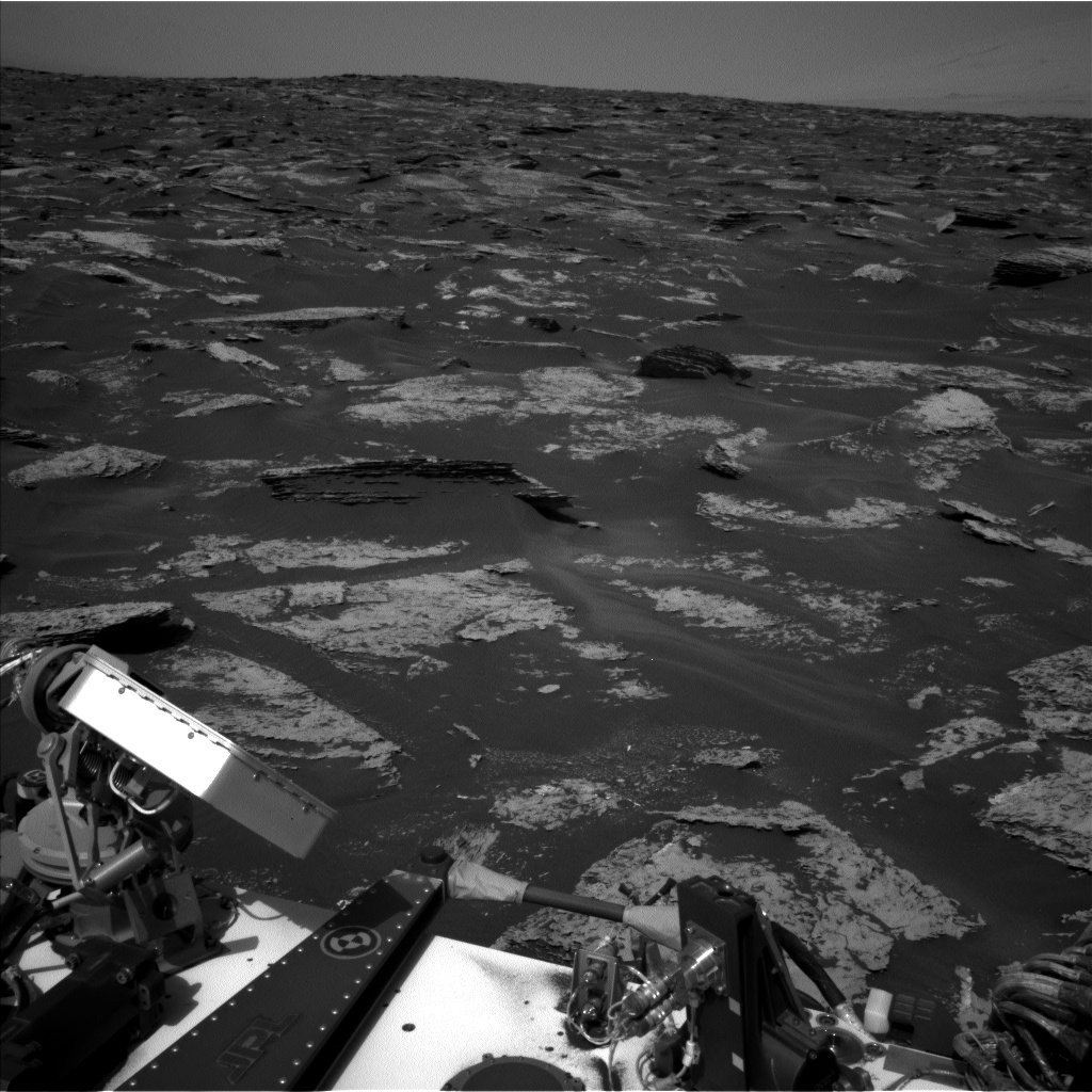 Nasa's Mars rover Curiosity acquired this image using its Left Navigation Camera on Sol 1712, at drive 2086, site number 63