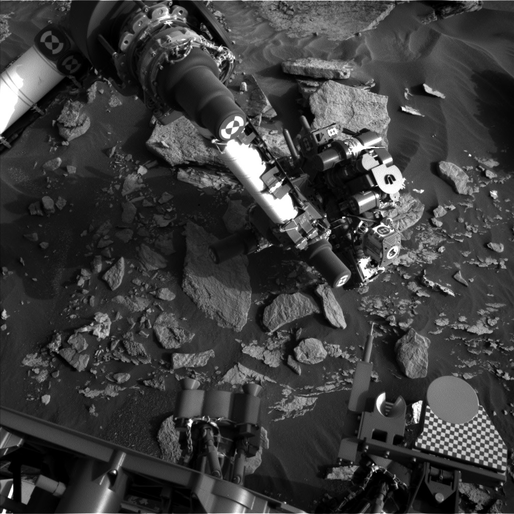 Nasa's Mars rover Curiosity acquired this image using its Left Navigation Camera on Sol 1715, at drive 2086, site number 63