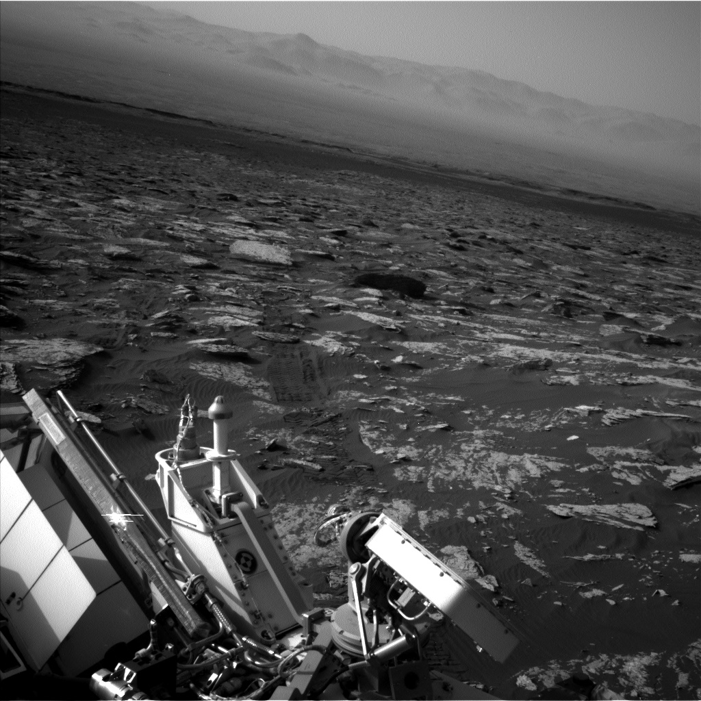 Nasa's Mars rover Curiosity acquired this image using its Left Navigation Camera on Sol 1720, at drive 2978, site number 63
