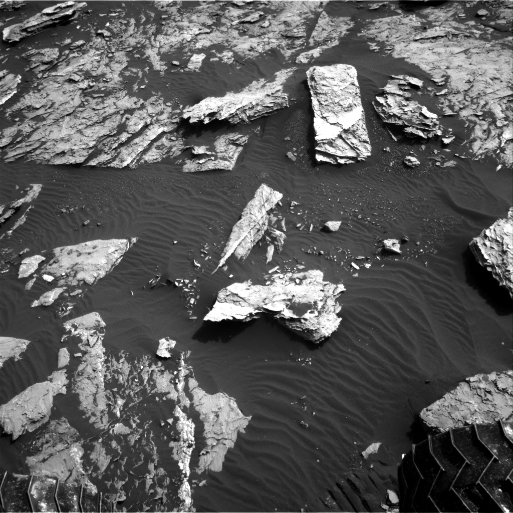 Nasa's Mars rover Curiosity acquired this image using its Right Navigation Camera on Sol 1720, at drive 2978, site number 63