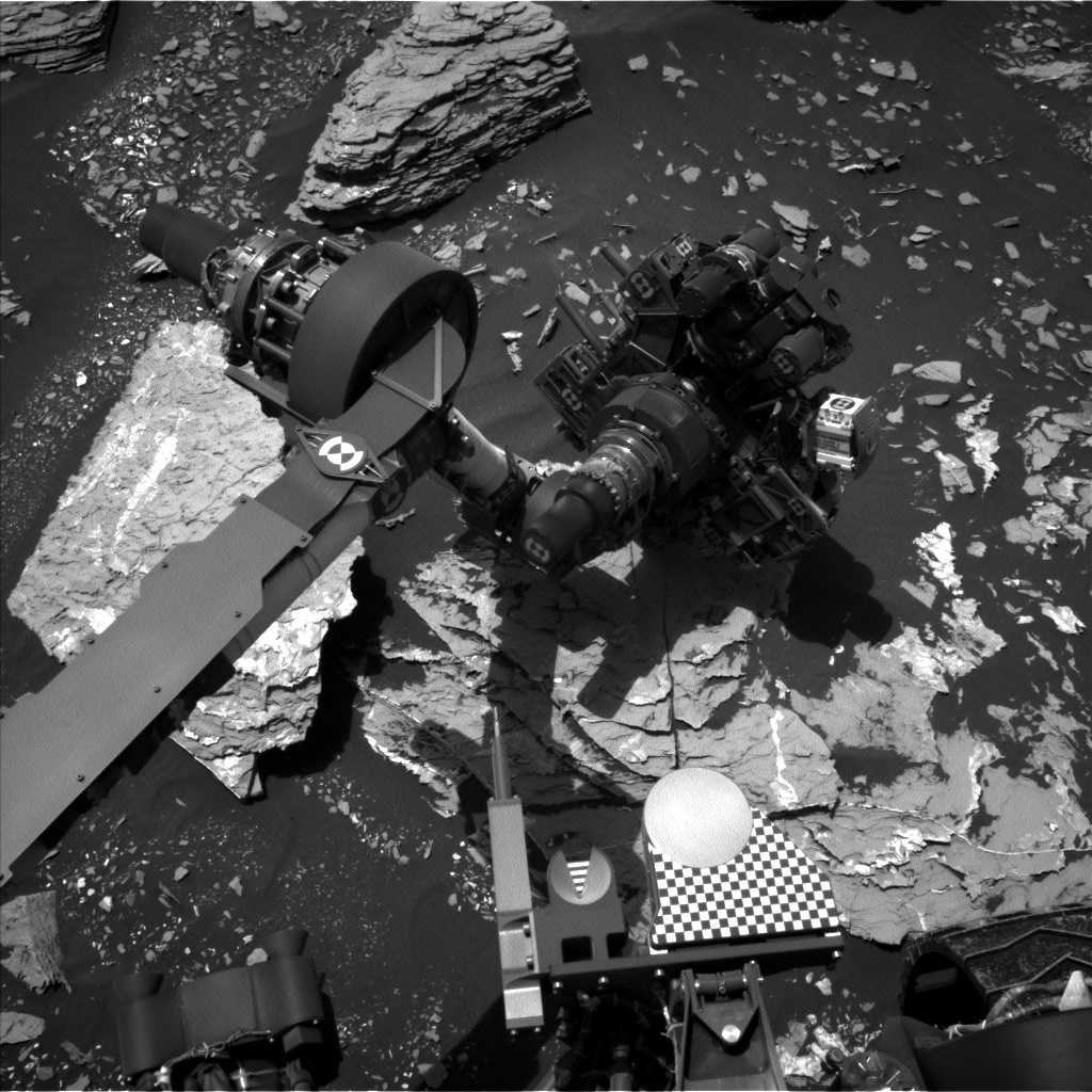 Nasa's Mars rover Curiosity acquired this image using its Left Navigation Camera on Sol 1721, at drive 2978, site number 63