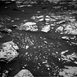 Nasa's Mars rover Curiosity acquired this image using its Left Navigation Camera on Sol 1721, at drive 3038, site number 63