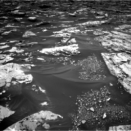 Nasa's Mars rover Curiosity acquired this image using its Left Navigation Camera on Sol 1724, at drive 3206, site number 63
