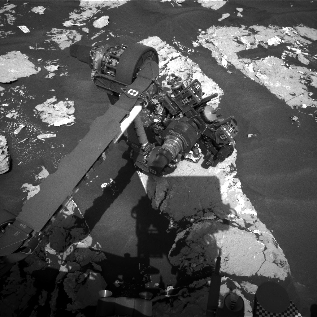 NASA's Mars rover Curiosity acquired this image using its Left Navigation Camera (Navcams) on Sol 1725