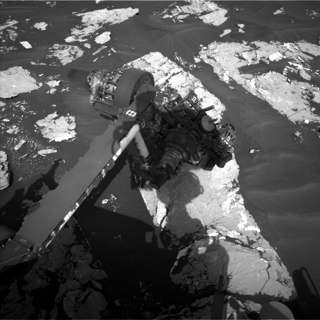 Nasa's Mars rover Curiosity acquired this image using its Left Navigation Camera on Sol 1725, at drive 3326, site number 63