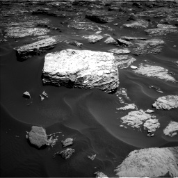 Nasa's Mars rover Curiosity acquired this image using its Left Navigation Camera on Sol 1727, at drive 114, site number 64