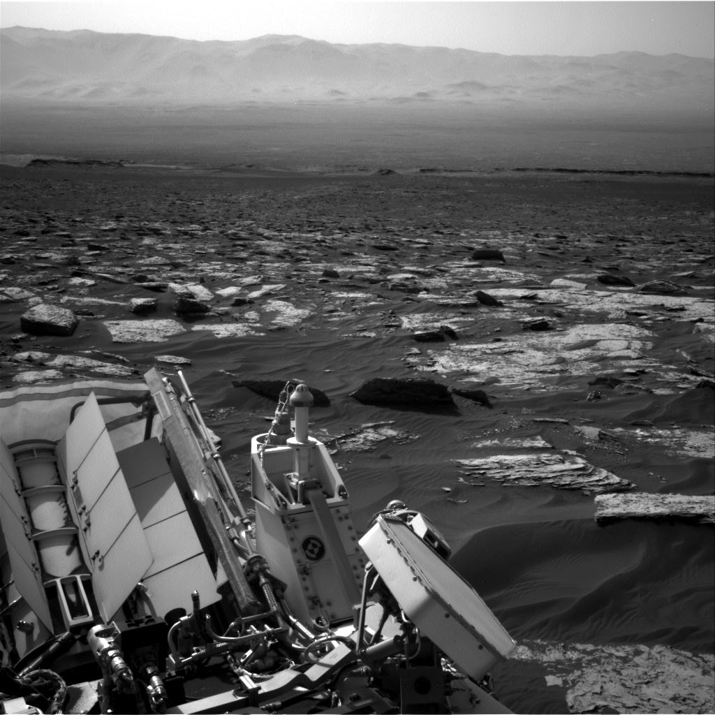 Nasa's Mars rover Curiosity acquired this image using its Right Navigation Camera on Sol 1727, at drive 252, site number 64