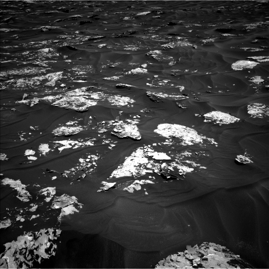 Nasa's Mars rover Curiosity acquired this image using its Left Navigation Camera on Sol 1728, at drive 420, site number 64
