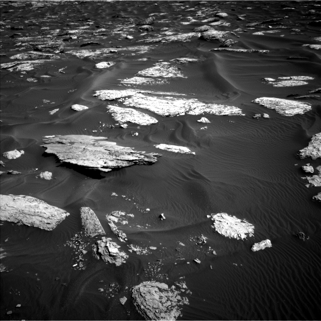 Nasa's Mars rover Curiosity acquired this image using its Left Navigation Camera on Sol 1730, at drive 678, site number 64