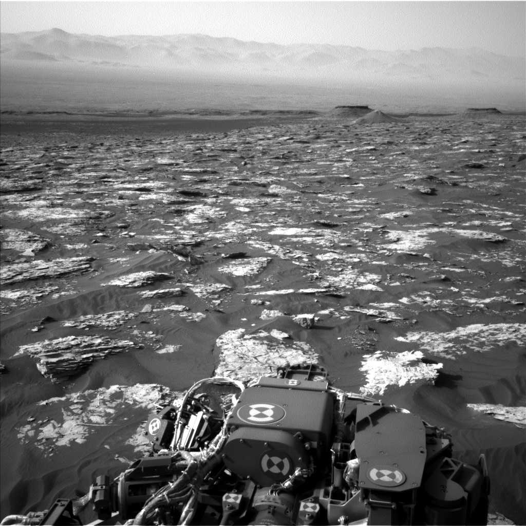 NASA's Mars rover Curiosity acquired this image using its Left Navigation Camera (Navcams) on Sol 1732