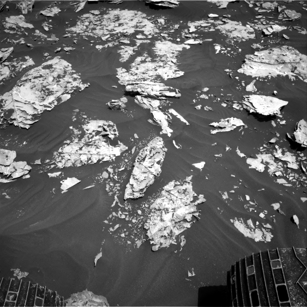NASA's Mars rover Curiosity acquired this image using its Right Navigation Cameras (Navcams) on Sol 1738