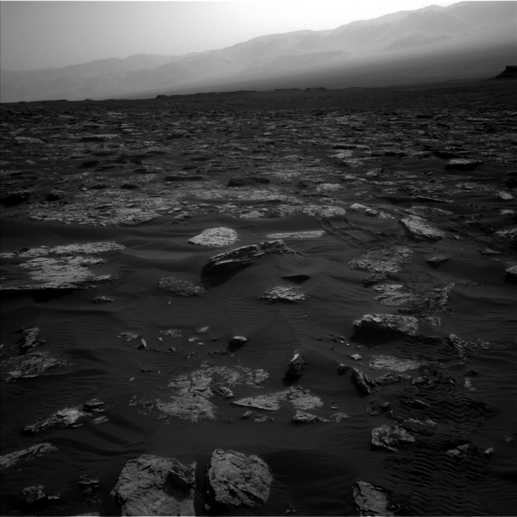 Nasa's Mars rover Curiosity acquired this image using its Left Navigation Camera on Sol 1739, at drive 1470, site number 64