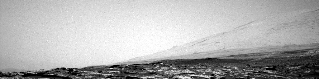 Nasa's Mars rover Curiosity acquired this image using its Right Navigation Camera on Sol 1747, at drive 1890, site number 64