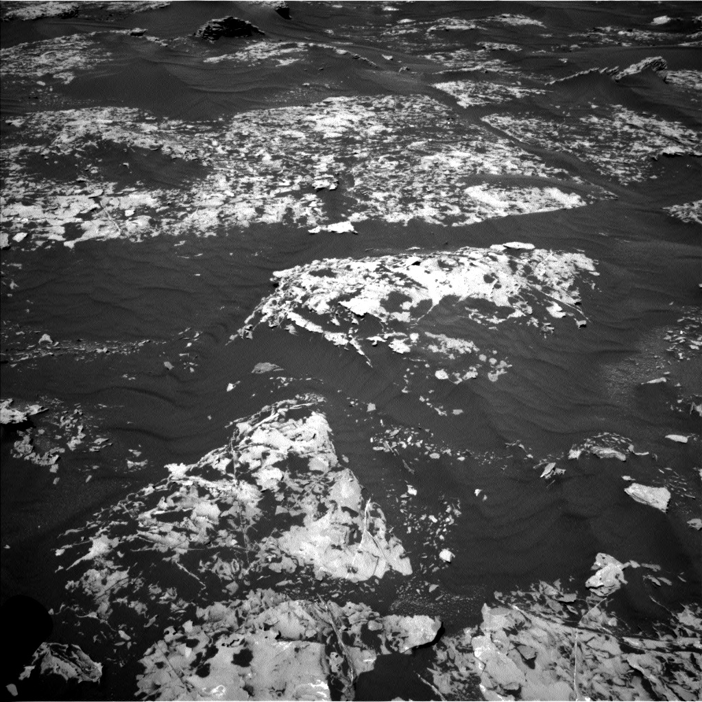 Nasa's Mars rover Curiosity acquired this image using its Left Navigation Camera on Sol 1753, at drive 2406, site number 64