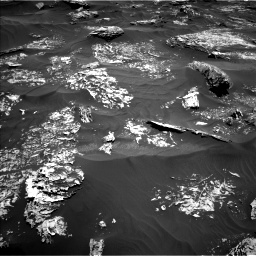 Nasa's Mars rover Curiosity acquired this image using its Left Navigation Camera on Sol 1754, at drive 2490, site number 64