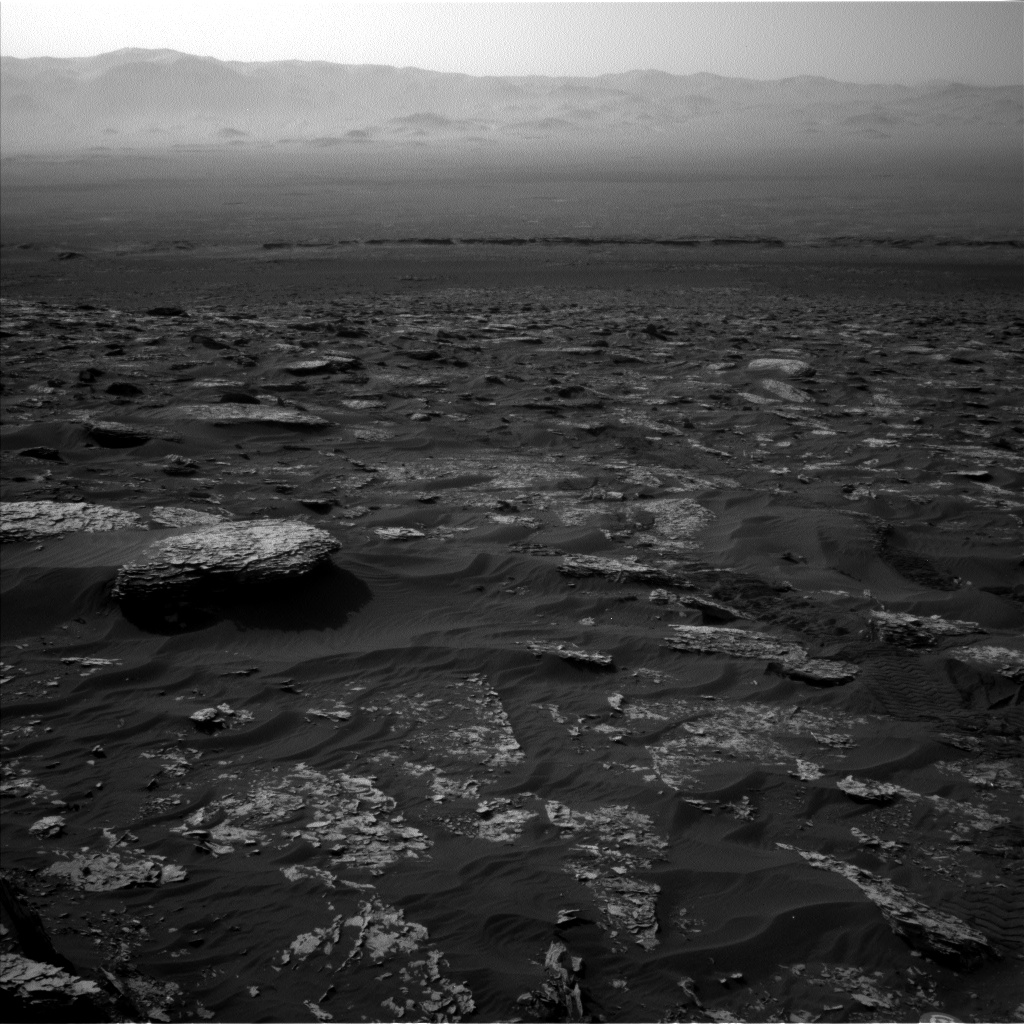 Nasa's Mars rover Curiosity acquired this image using its Left Navigation Camera on Sol 1754, at drive 2790, site number 64