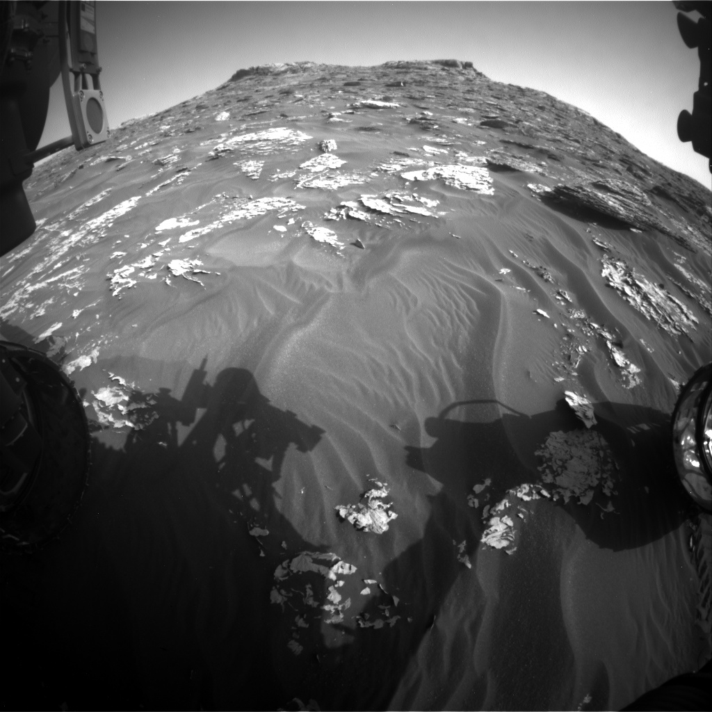Nasa's Mars rover Curiosity acquired this image using its Front Hazard Avoidance Camera (Front Hazcam) on Sol 1761, at drive 2790, site number 64