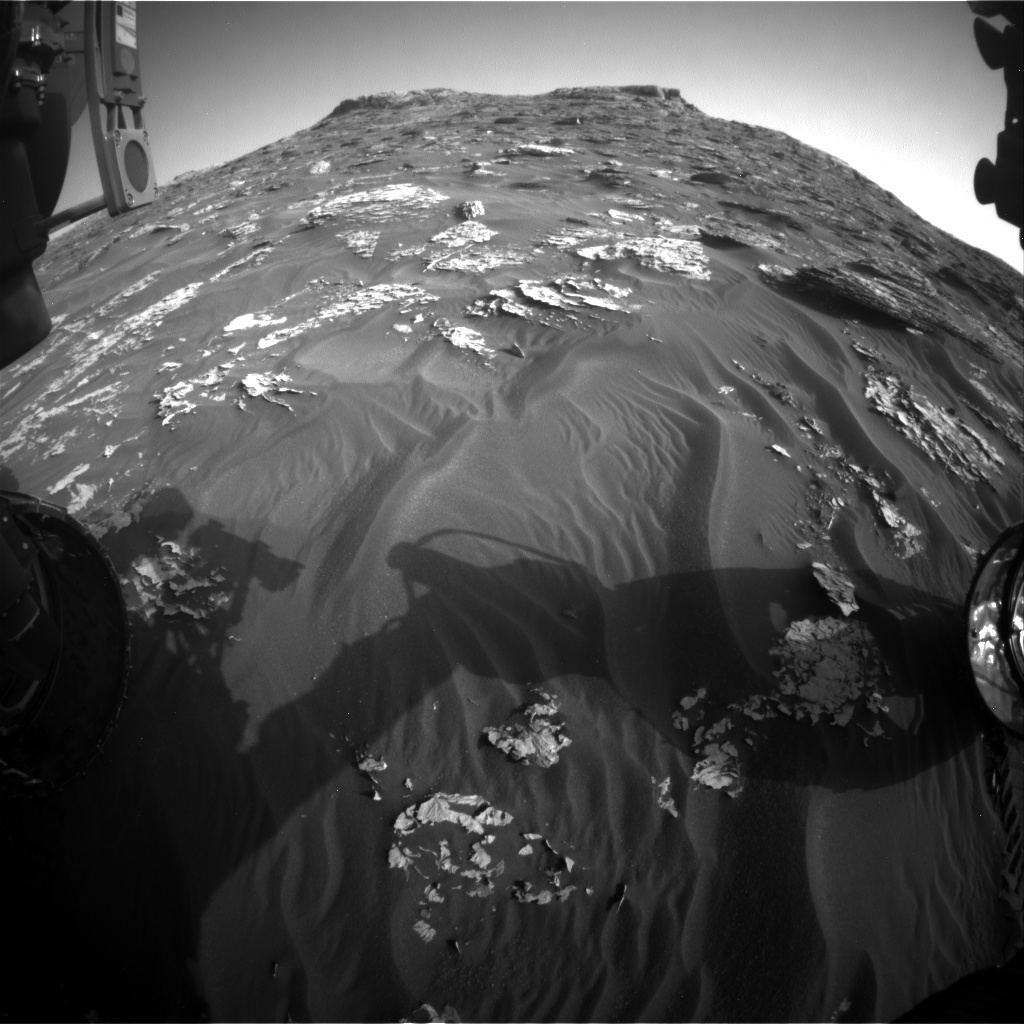 Nasa's Mars rover Curiosity acquired this image using its Front Hazard Avoidance Camera (Front Hazcam) on Sol 1763, at drive 2790, site number 64