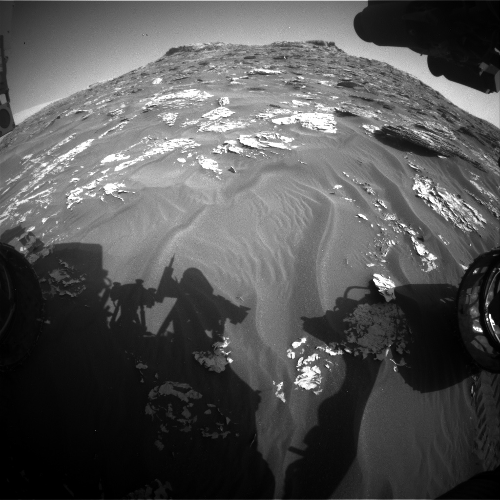 Nasa's Mars rover Curiosity acquired this image using its Front Hazard Avoidance Camera (Front Hazcam) on Sol 1767, at drive 2790, site number 64