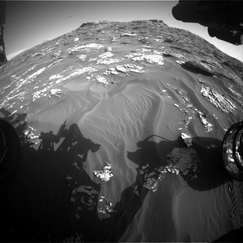 Nasa's Mars rover Curiosity acquired this image using its Front Hazard Avoidance Camera (Front Hazcam) on Sol 1768, at drive 2790, site number 64