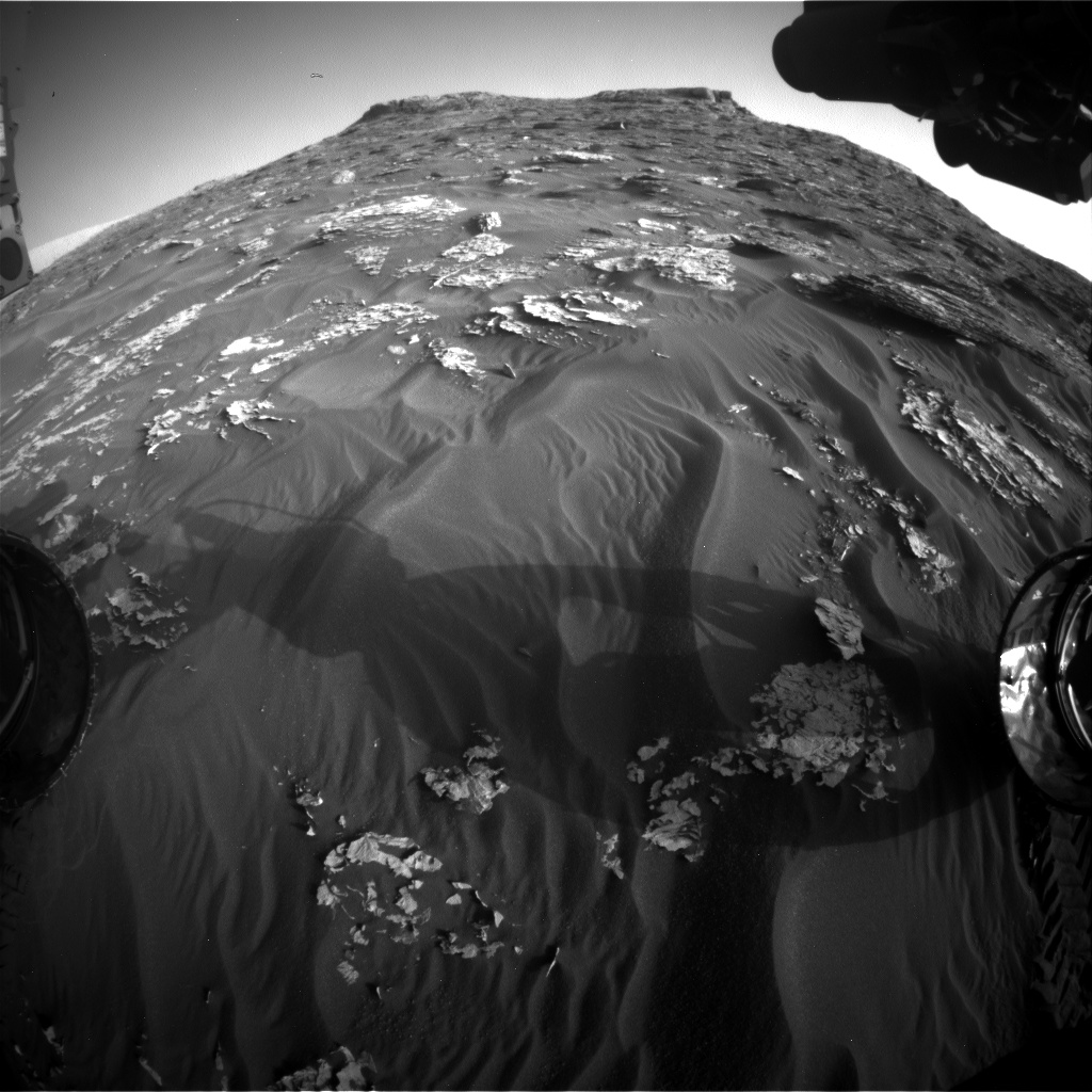 Nasa's Mars rover Curiosity acquired this image using its Front Hazard Avoidance Camera (Front Hazcam) on Sol 1771, at drive 2790, site number 64