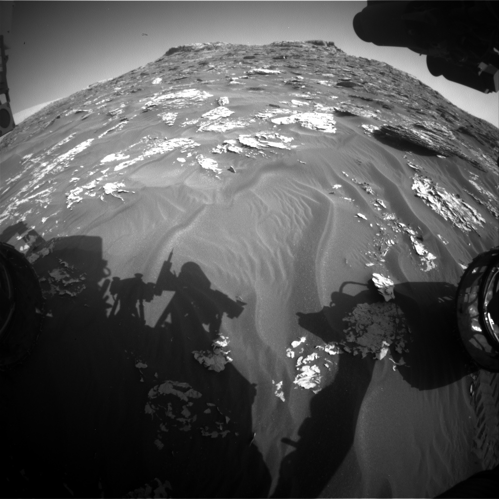 Nasa's Mars rover Curiosity acquired this image using its Front Hazard Avoidance Camera (Front Hazcam) on Sol 1774, at drive 2790, site number 64