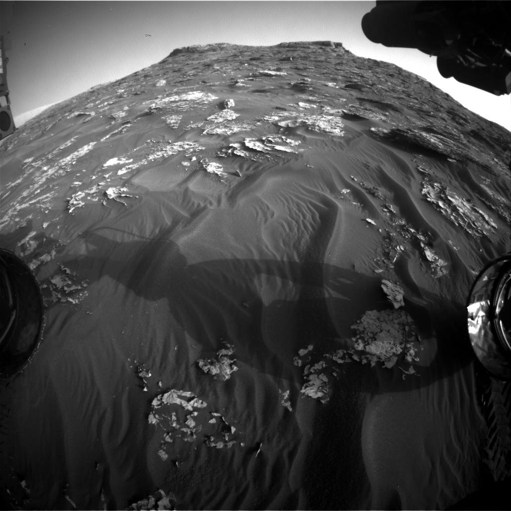 Nasa's Mars rover Curiosity acquired this image using its Front Hazard Avoidance Camera (Front Hazcam) on Sol 1778, at drive 2790, site number 64