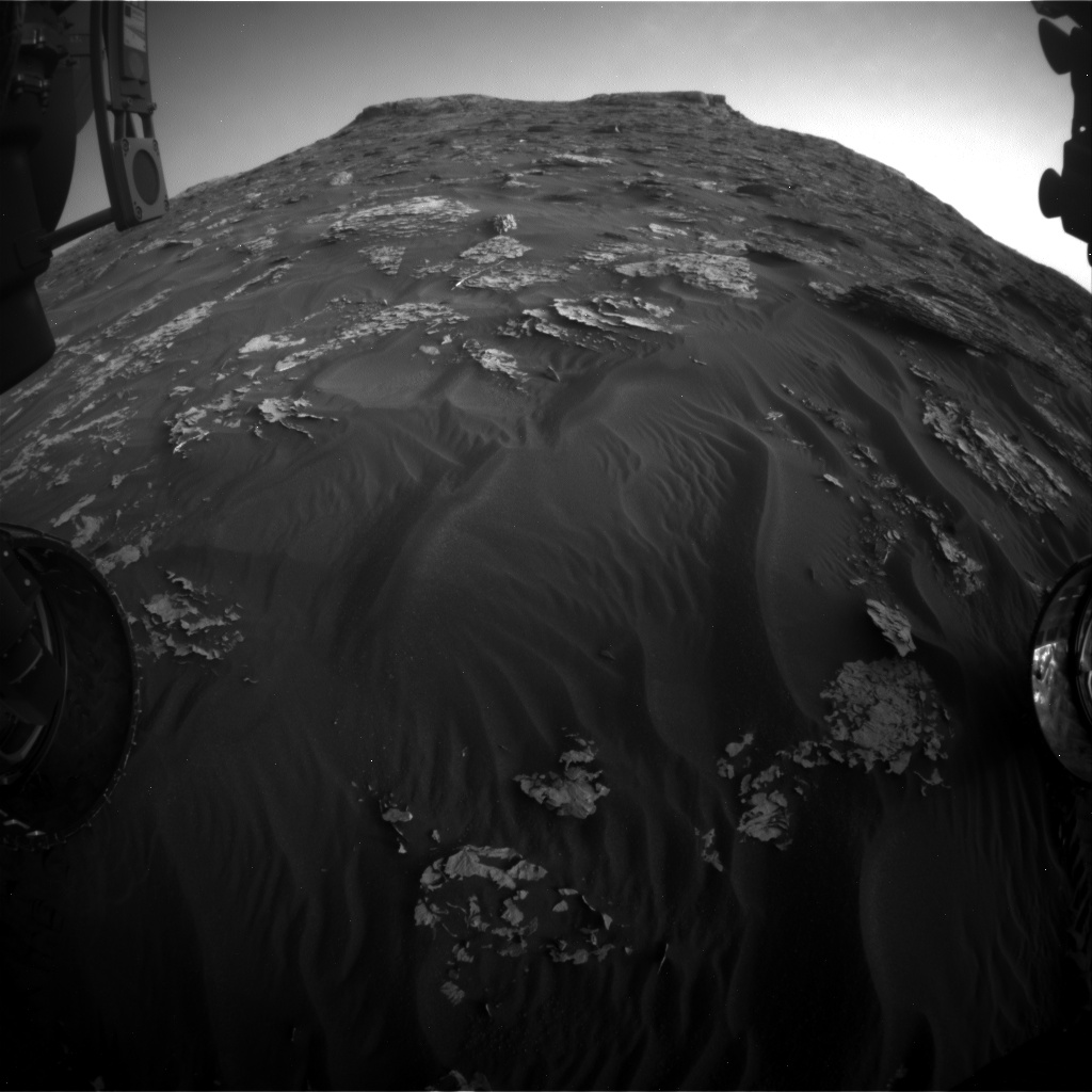 Nasa's Mars rover Curiosity acquired this image using its Front Hazard Avoidance Camera (Front Hazcam) on Sol 1779, at drive 2790, site number 64