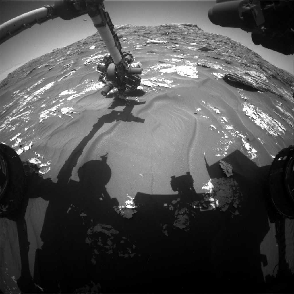 Nasa's Mars rover Curiosity acquired this image using its Front Hazard Avoidance Camera (Front Hazcam) on Sol 1781, at drive 2790, site number 64