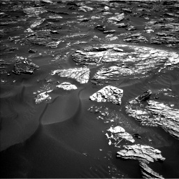 Nasa's Mars rover Curiosity acquired this image using its Left Navigation Camera on Sol 1781, at drive 2928, site number 64