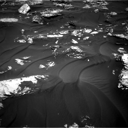 Nasa's Mars rover Curiosity acquired this image using its Right Navigation Camera on Sol 1781, at drive 2850, site number 64