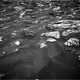 Nasa's Mars rover Curiosity acquired this image using its Right Navigation Camera on Sol 1781, at drive 2940, site number 64
