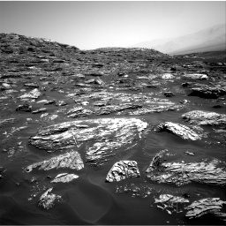 Nasa's Mars rover Curiosity acquired this image using its Right Navigation Camera on Sol 1781, at drive 2958, site number 64