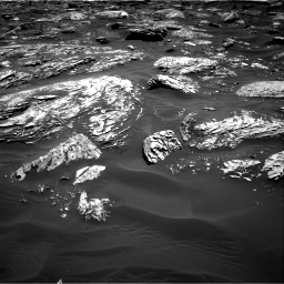 Nasa's Mars rover Curiosity acquired this image using its Right Navigation Camera on Sol 1781, at drive 2970, site number 64