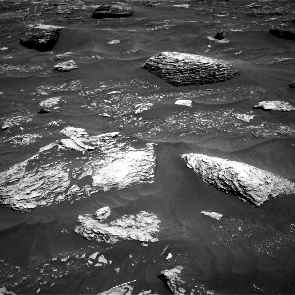 Nasa's Mars rover Curiosity acquired this image using its Left Navigation Camera on Sol 1782, at drive 156, site number 65
