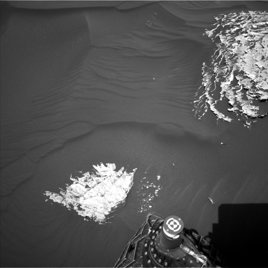 Nasa's Mars rover Curiosity acquired this image using its Left Navigation Camera on Sol 1787, at drive 646, site number 65