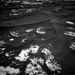 Nasa's Mars rover Curiosity acquired this image using its Left Navigation Camera on Sol 1789, at drive 1024, site number 65