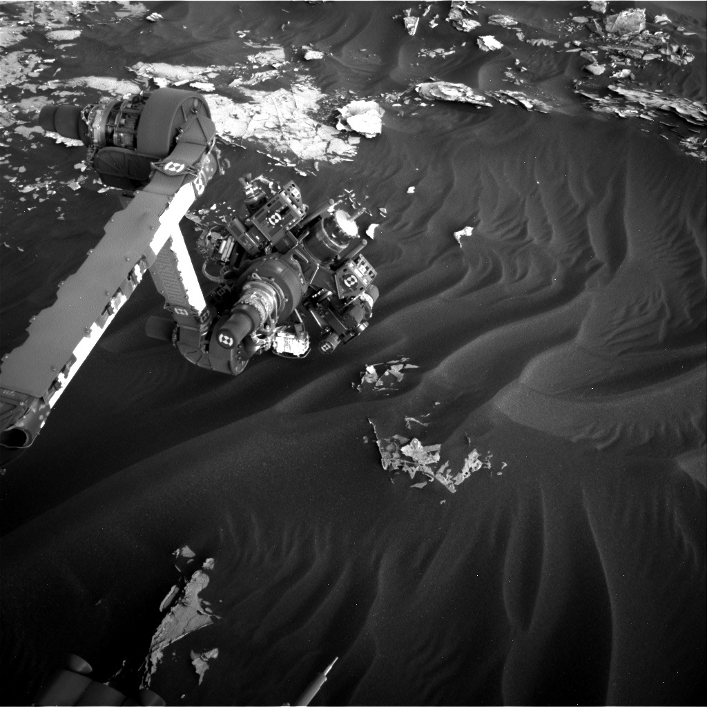 NASA's Mars rover Curiosity acquired this image using its Right Navigation Cameras (Navcams) on Sol 1790