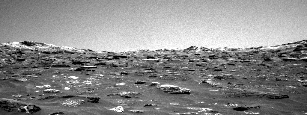 Nasa's Mars rover Curiosity acquired this image using its Left Navigation Camera on Sol 1792, at drive 1174, site number 65