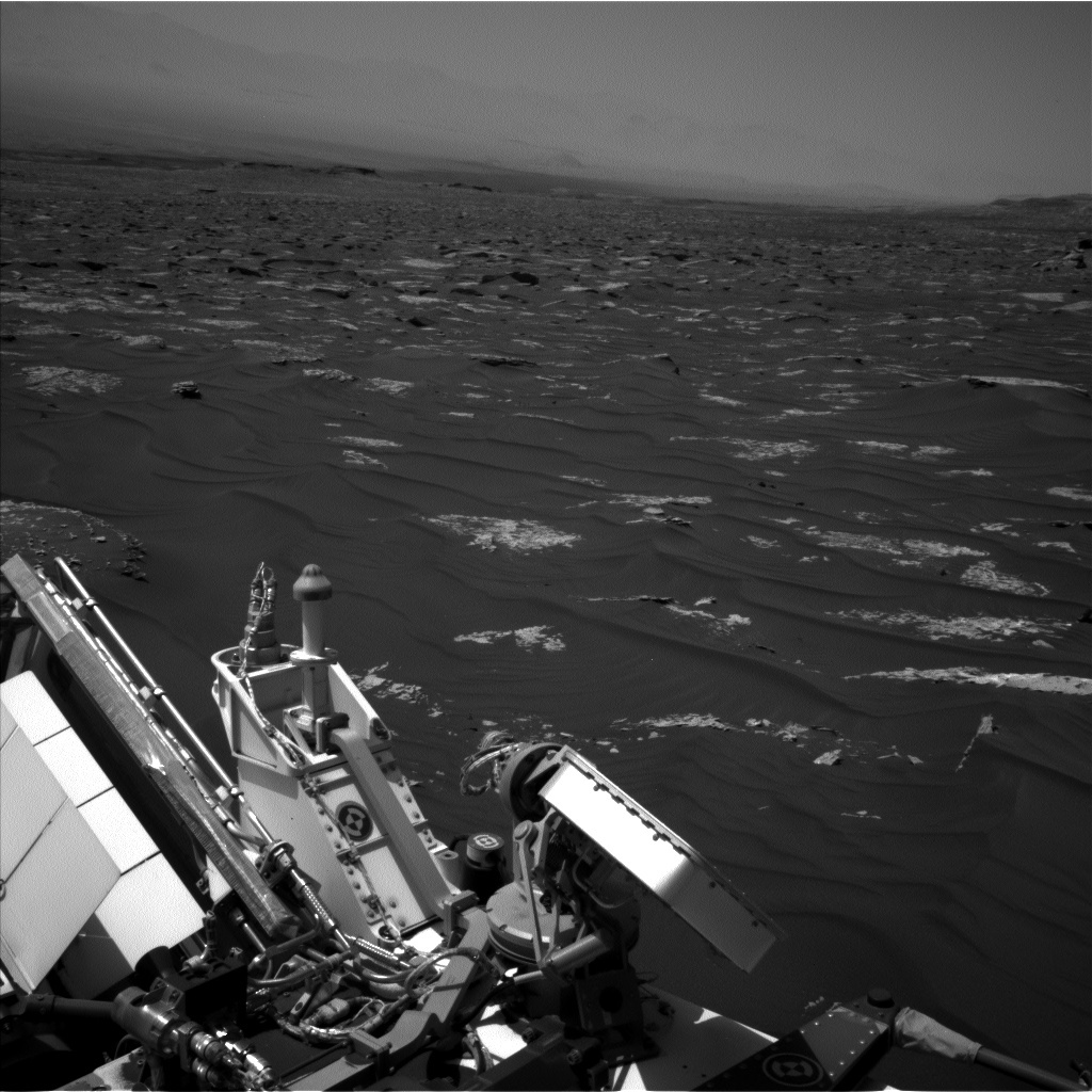 NASA's Mars rover Curiosity acquired this image using its Left Navigation Camera (Navcams) on Sol 1792