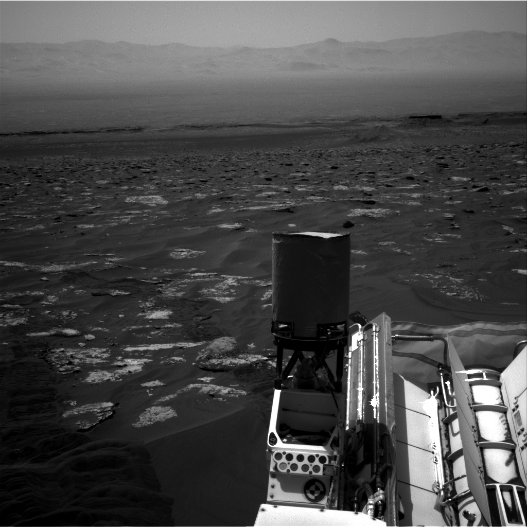 Nasa's Mars rover Curiosity acquired this image using its Right Navigation Camera on Sol 1792, at drive 1174, site number 65