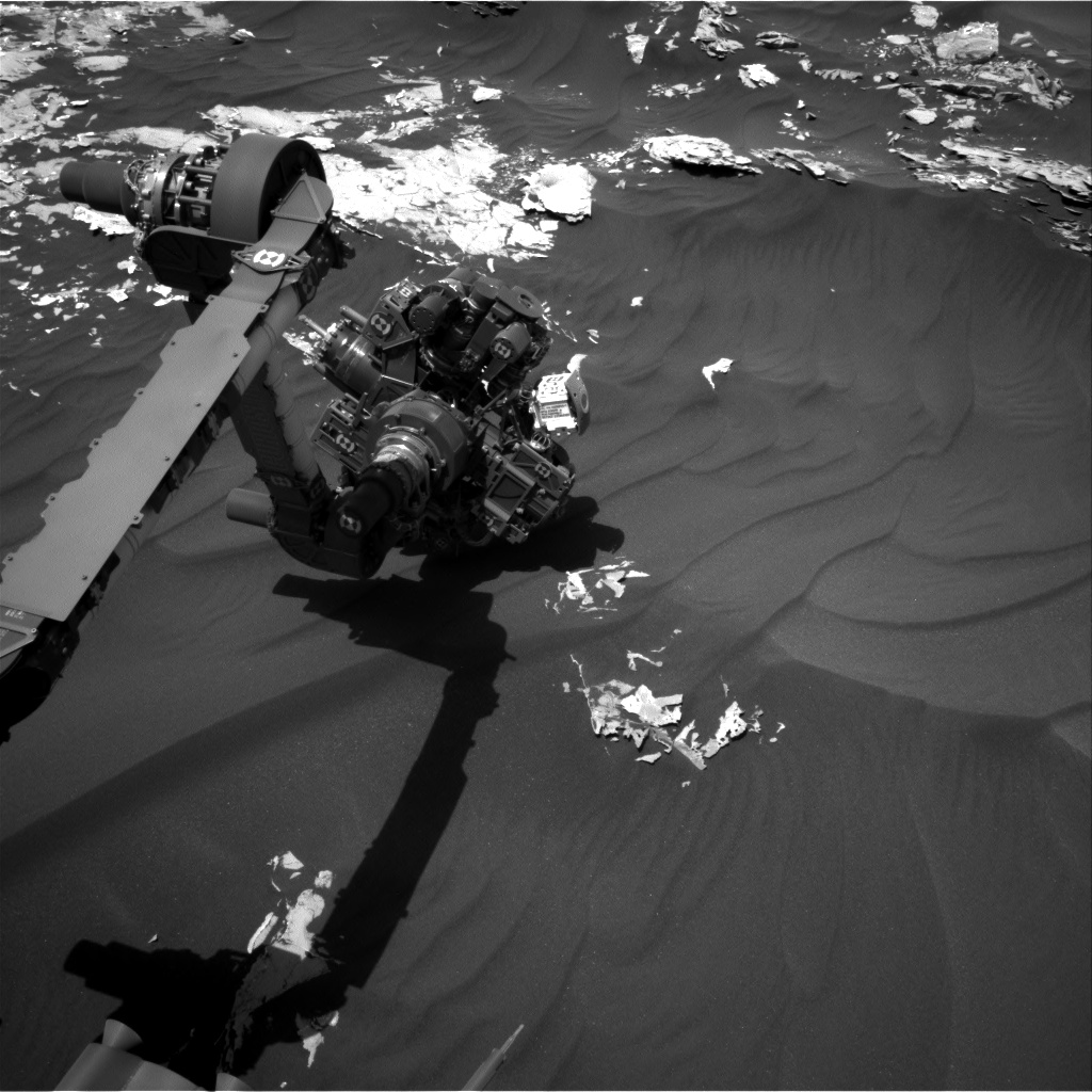 Nasa's Mars rover Curiosity acquired this image using its Right Navigation Camera on Sol 1793, at drive 1174, site number 65
