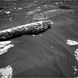 Nasa's Mars rover Curiosity acquired this image using its Left Navigation Camera on Sol 1795, at drive 1642, site number 65