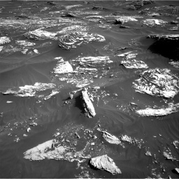 Nasa's Mars rover Curiosity acquired this image using its Right Navigation Camera on Sol 1795, at drive 1918, site number 65