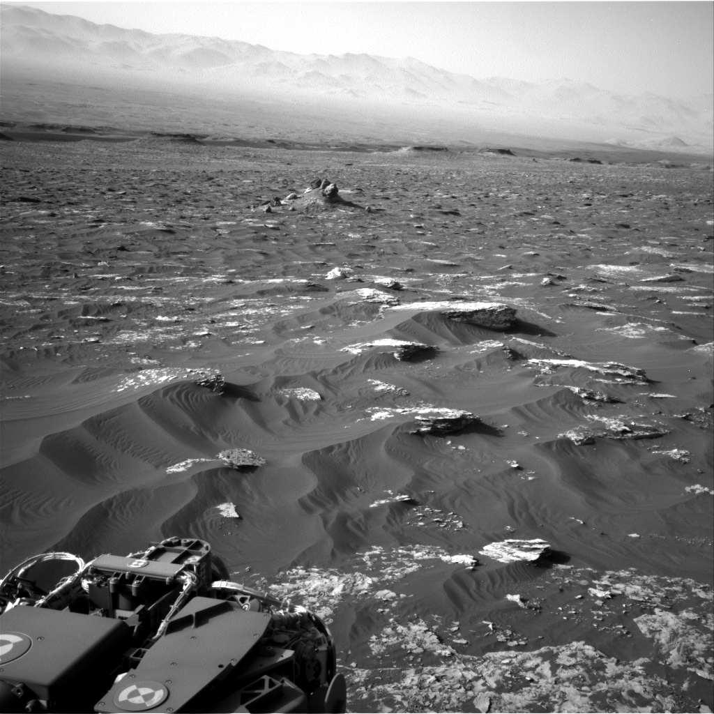 Nasa's Mars rover Curiosity acquired this image using its Right Navigation Camera on Sol 1795, at drive 1934, site number 65